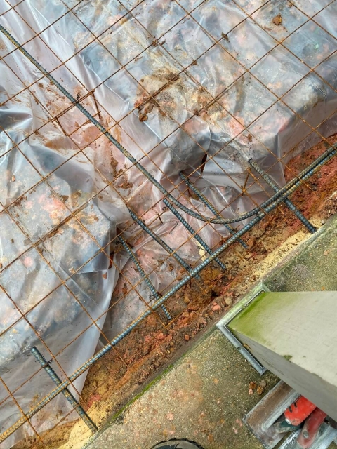 Tension cables for concrete construction